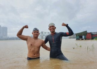 Kỷ lục Việt Nam bơi từ Hà Nội đến cửa biển Thái Bình