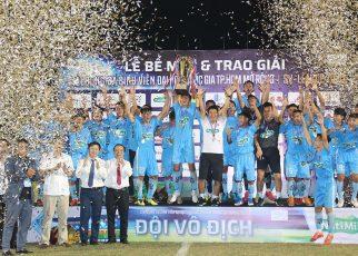 Nutimilk trao thưởng 300 triệu đồng cho ĐH Cần Thơ vô địch SV-League